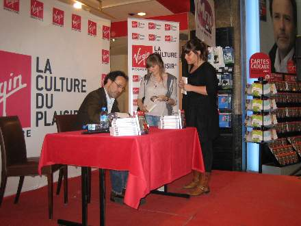 PHOTO-3 - Virgin Signing for 'All Those Things ..' - Marc Levy