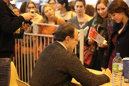 PHOTO-12 - Paris Book Fair  signing 23.03.13 - Marc Levy